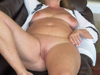 This cowgirl wants to be riding hard and put to bed wet !