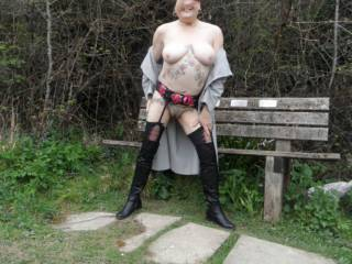 hi all just taking advantage of the sunny weather. hope you like dirty comments welcome mature couple
