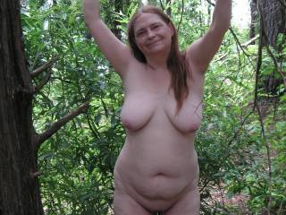 tommie haveing some nude funn out at the lake and the outher couple that said they might join us had car problems and could not make it , dam