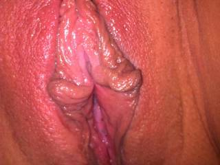 Wow - great close up of a beautiful wet pussy!! We;d love to lick it sss
