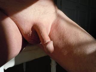 Very erotic photo. I'm sure many of use got horny and hard from it.