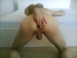 hot amateur male ass. spreading, gaping and toyed