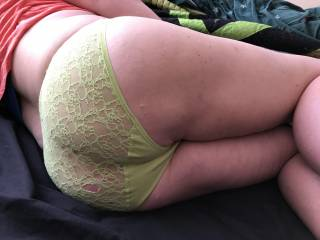 Wife's plump round ass in lacy panties ready for the taking. mmmmm sniff sniff lick lick ;)