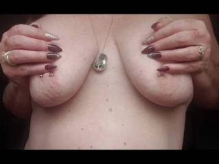 A Small Selection of Tit Erotica {More of my un-shared Amateur Porn 💋}