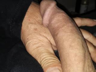 Horny and looking for someone around my area for to fill me