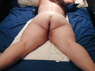mmmmmmmmmm LOVE to share her ass with you  LOVE to eat her ass after we fuck and fill it  FULL of cum