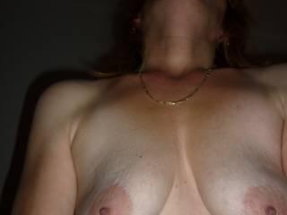 I'd like to suck on those big nipples.