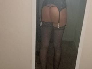 Feeling naughty 😈 who wants to bend me over and fuck me hard till I cum