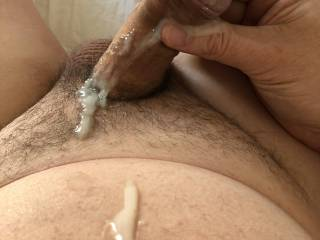 After my last set of pics upload, it was the cum shot that got the most likes so here is another ....