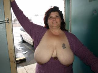 Mmmmmm them BIG NIPPLES look tasty. I would love to see u getting it from behind a see them big TITIES swinging back and forth...