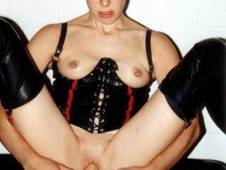 Now thats a sexy poto! Beautiful tits, a dildo stuffed pussy! I like to exchange my cock for that dildo! It can't appreciate what its got!