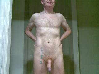 You have one of the nicest dicks that I have seen on this website. You are a very sexy man.