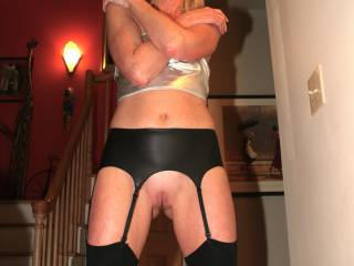 luvs  thre   boots n  the   soo  very sexy  lingerie ,  espicially  the   nylons  n  garter   belt