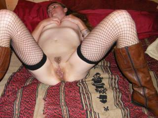 Gaping pussy wanting cocks