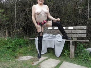 hi all standing there in all my glory seconds later people wandered by,  dirty comments welcome mature couple