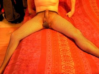 I try on wifes pantyhose.........