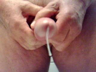 Nice cumshot.....mmmmm....I would like to suck and swallow your next load.