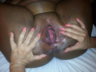 Yessssssssssssss hold that lovely pussy wide open for this wicked tongue to deep lick out her juicy wet pink center hole and suck the pulsating clit as she explodes for a huge orgasm, Mmmmmmmmmmm deep & dark & tasty!