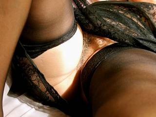 beautiful! very exciting in black sexy lingerie....make me hard,I want to,,,yes