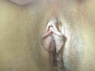 looking and admiring my g/f,s gorgeous pussy