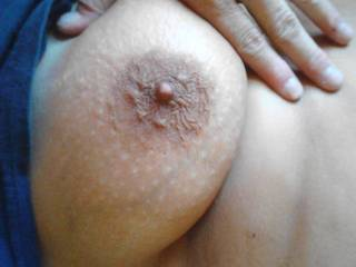 very nice tits love to suck on them