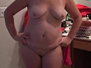 id take a hottie milf like that all day long my kind of woman she has the type of body i desire full natural real womans body and a sexy smile too my cock sprang straight up