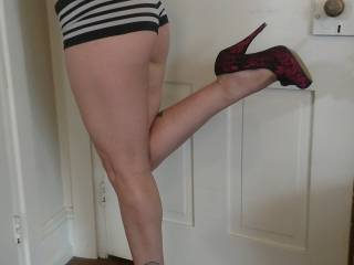 Princess posing before being pleased. Who wants to take her panties off she loves her feet worshipped and getting oral