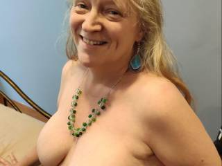 Stroke your cock over these married tits! Cover my tits with your love. Cum my way now, my dear.