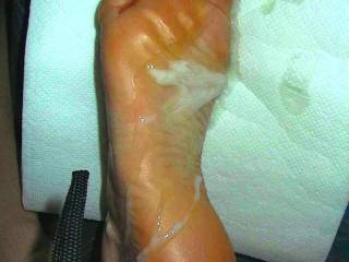 I crave having men cum on my feet like this daily.  Cum batter all over my dry soles and in between my toes.