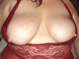 Hi boys any chance of a cum tribute for me I\'d love that.