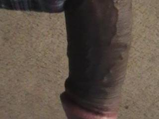 I can see why the ladys lol.li pop....Oh yes I want to lick it, suck it and swallow that sexy dangling hot BBC.  It makes my pussy wet.  K