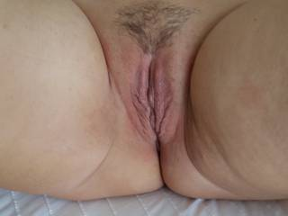 showing my pussy