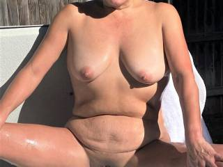 Melissa giving you Zoig\'ers another spread pussy pic!  And oh yes....her tits are there too!!