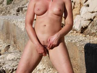 23 cm ha I'll love you sexy, already played two jack off because of this lovely pussy, let's
