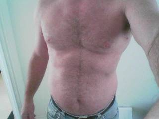 Very sexy body!!! Would love to rub my nipples across all that luscious hair...mmmmm....feels good!!