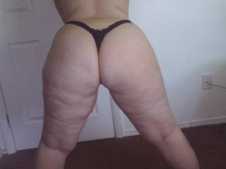 WOW! ... her fat ass and thick thighs are awesome and I love 'em both! 10/10 and an All Time Favorite.