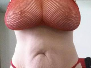 wow.. prefer black... but wow what a hot look...amazing tits...