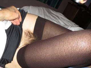 Love the sexy bush. Would love to shoot my hot cum all over it