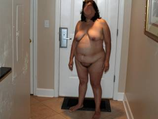 2009 summer vacation!  Hubby is trying to get me to walk to the elevator & back in the nude...should I do it?