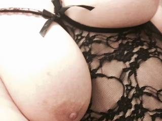 little pet will be showing off in public later on. This is a perfect way to frame her tits and leave them accessible for my mouth when I wish to use them. Want a go?