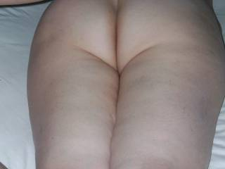 Thats one fine looking ass. How about getting on your knees and let me pound you so you can feel my balls slapping up against your lips. Do you enjoy a good hard doggy style fucking?