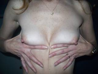 mmm, delicious. i wanna suck u'r erect nipples and cum all over them !!!
