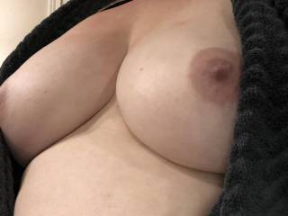 She texted me a little tease after her shower!  Imagine blowing your load all over those tits!
