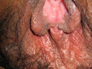 I wish that I was sucking on your clit and slipe my tongue deep into your pussy until your juices started to flow into my mouth, mmmm