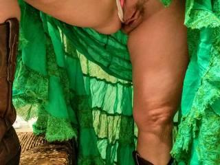 Green skirt pussy spread