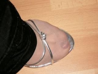 Like my pretty feet?