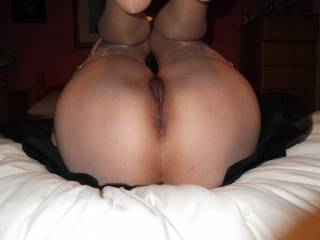 love the VIEW - got my VOTE, love to give your pussy n ass my TONGUE COCK n CUM -O_O-
