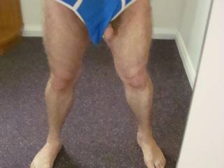 Such sexy feet and I love your hot hairy body and uncut cock