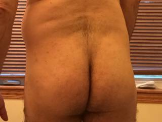 Just a rear shot. Any one like my ass?