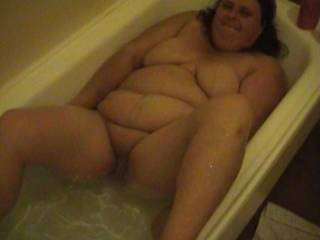 id fuck her good and give her a hot cum shower